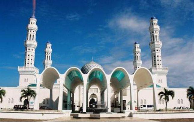 Jalan Jalan ke Kubah Masjid Enamel Syuhada